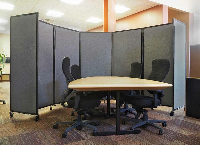 Image of the Room Divider 360 in an office environment.