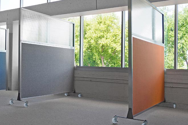 Mobile Office Divider Plus