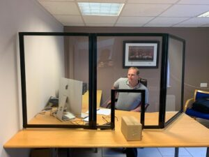 Desktop Tri-Panel